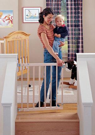 Cuidado y seguridad de beb s - Puertas de seguridad para ninos ...