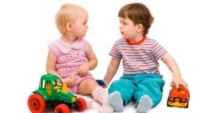 Cómo se relacionan los niños de 1 a 2 años